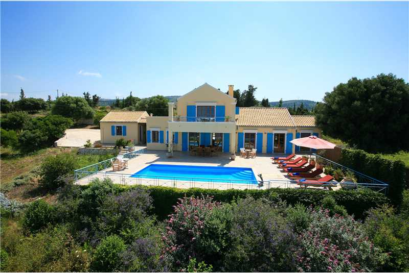 Fiscardo House with swimming pool just 100m from the sea